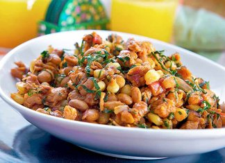 Githeri (boiled maize and beans)