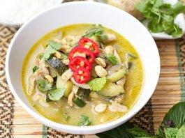 Kaeng Khiao Wan Thai green curry)