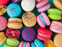 macarons meringue cookies