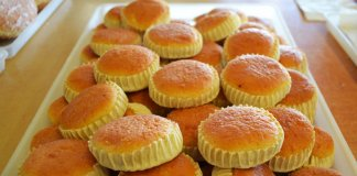 Melitinia Santorinian sweet cheese tartlets