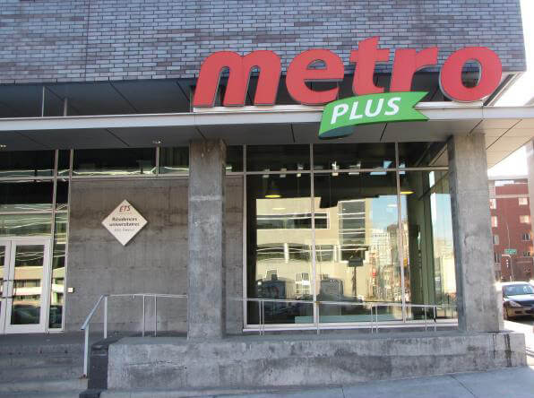 Metro Plus ETS Montreal
