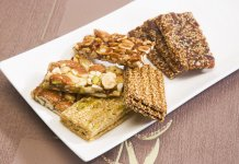 Pasteli (ancient Greek honey sesame snack bars)