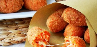 Suppli (Roman rice balls snack)