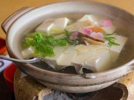 Yudofu (soft hot tofu)