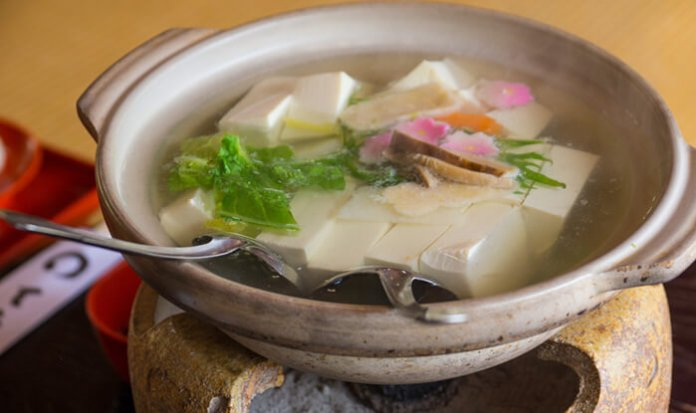 Yudofu (soft hot tofu)